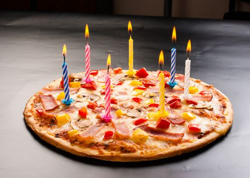 42-Birthday-Work-Pizza-Party-Creative-Gifts-for-Husband.jpg