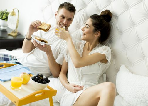romantic things to do in bed