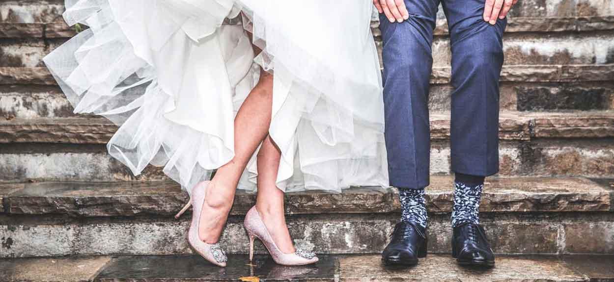 Wedding Anniversary Yearly Gift.50 Best Wedding Anniversary Ideas Yearly Anniversary Themes Gifts